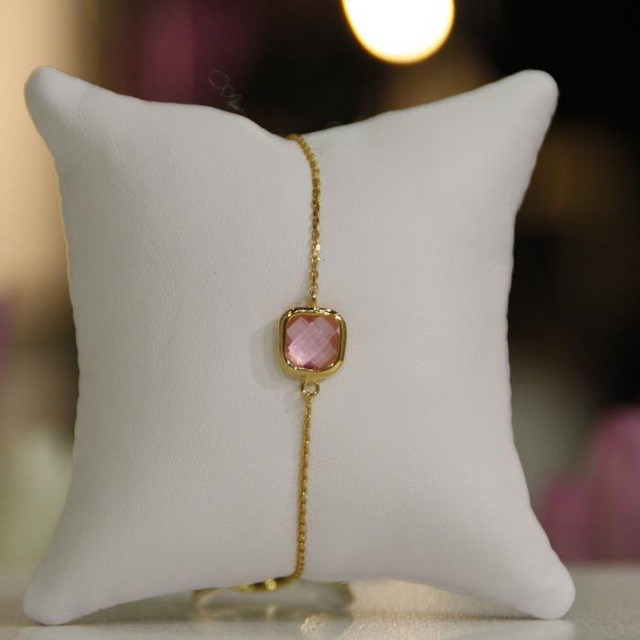 You are lovely  Carry Yourself pinkstone show off yourhellip